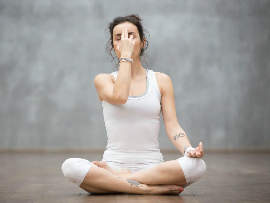 joga-dlja-beremennyh-1-trimestr-v-domashnih-uslovijah